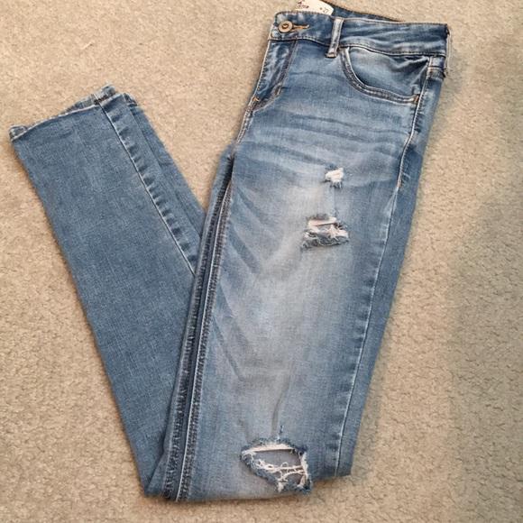Hollister Denim - Hollister light-wash ripped jeans